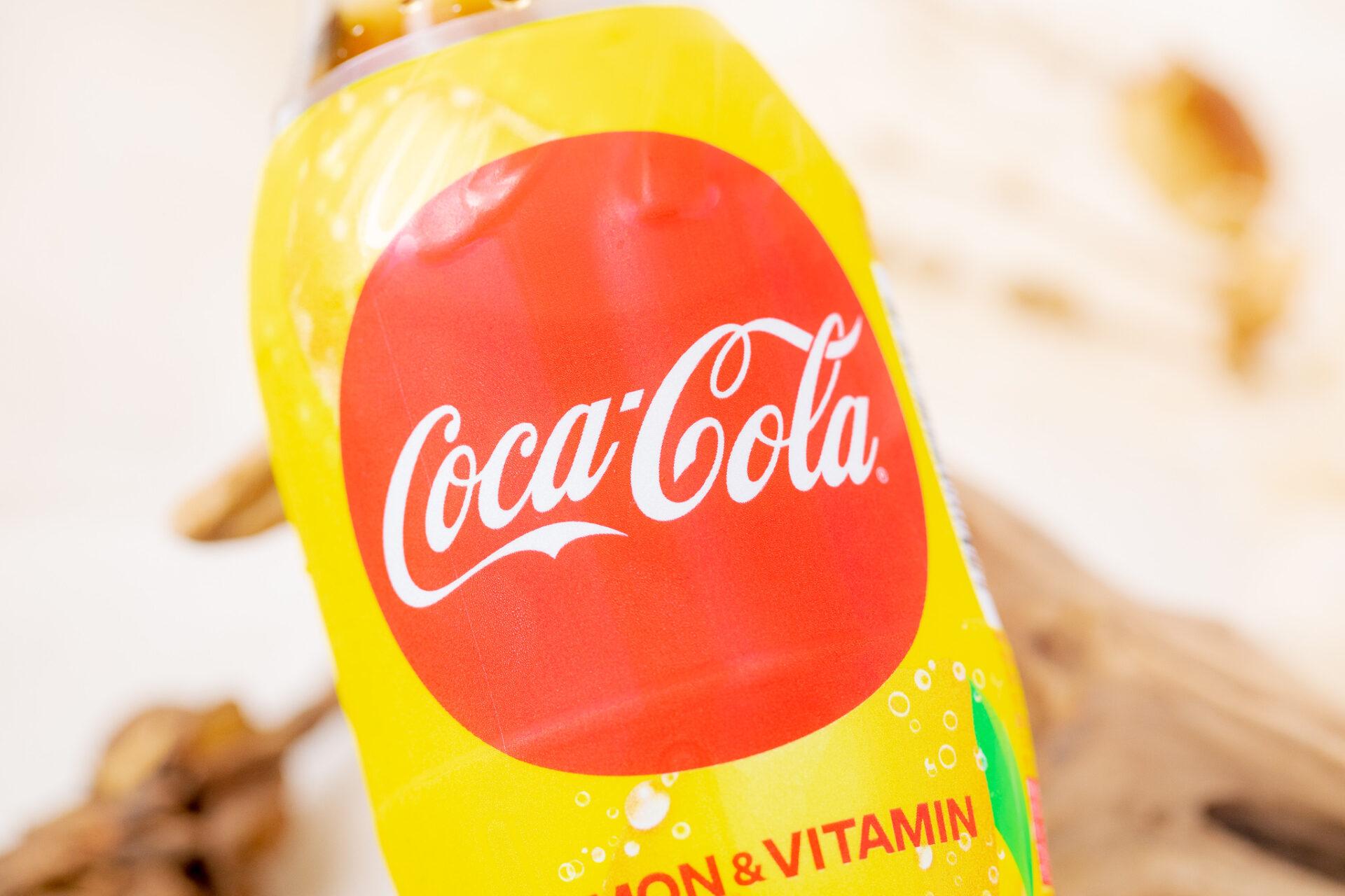コカ・コーラ『コカ・コーラ レモン&ビタミン』